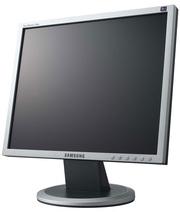 Продам монитор Samsung SyncMaster 740n - 450 гривен